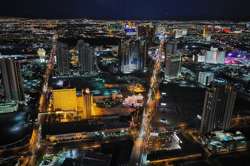 Las Vegas @ Night  [no. 422]