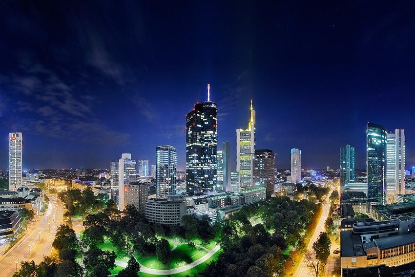 The Heart of Frankfurt  [no. 1442]