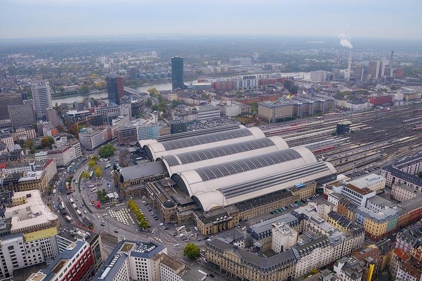Hauptbahnhof [no. 1954]